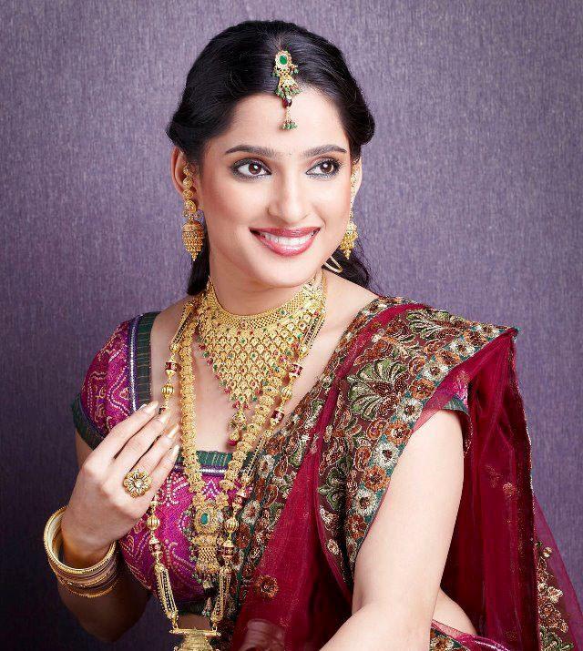 Priya Bapat Marathi Actress Photos Biography
