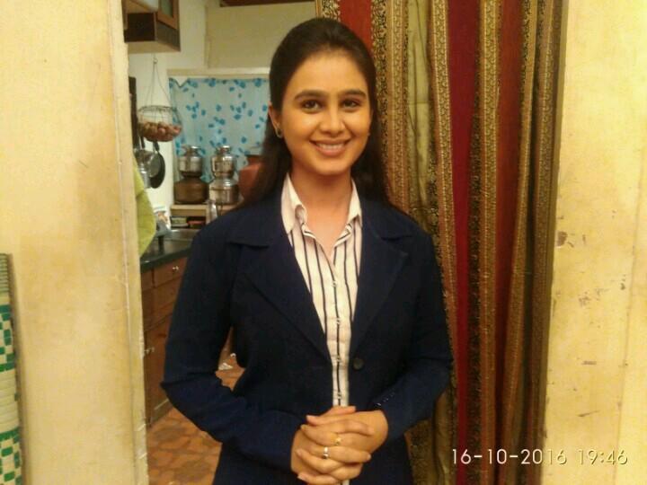 Mrunal dusanis marathi actress star marathi mrunal dusanis marathi actress thecheapjerseys Images