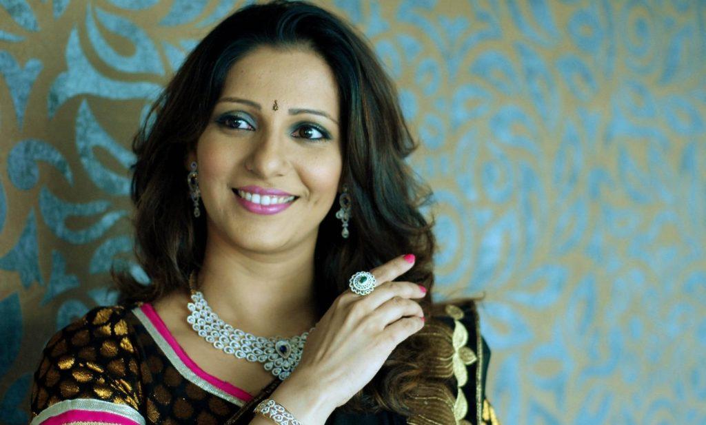 madhura-velankar-marathi-actress