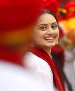 marathi-actress-shruti-marathe-photos