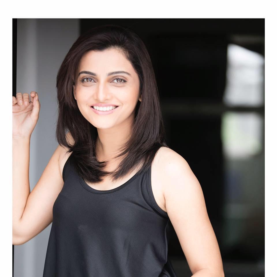 poorvi-bhave-actress