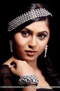 mrunmayee-deshpande-actress