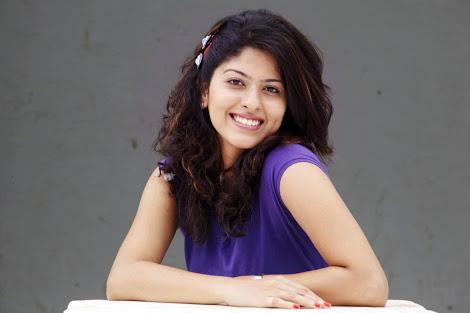 Gauri Kulkarni Marathi Actress hd wallpapers