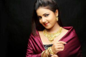 Gauri Kulkarni Marathi Actress