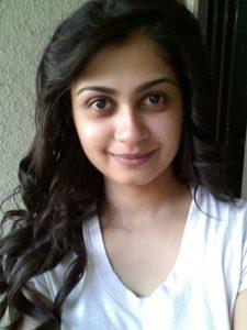 Marathi Actress Ruchi Savarn