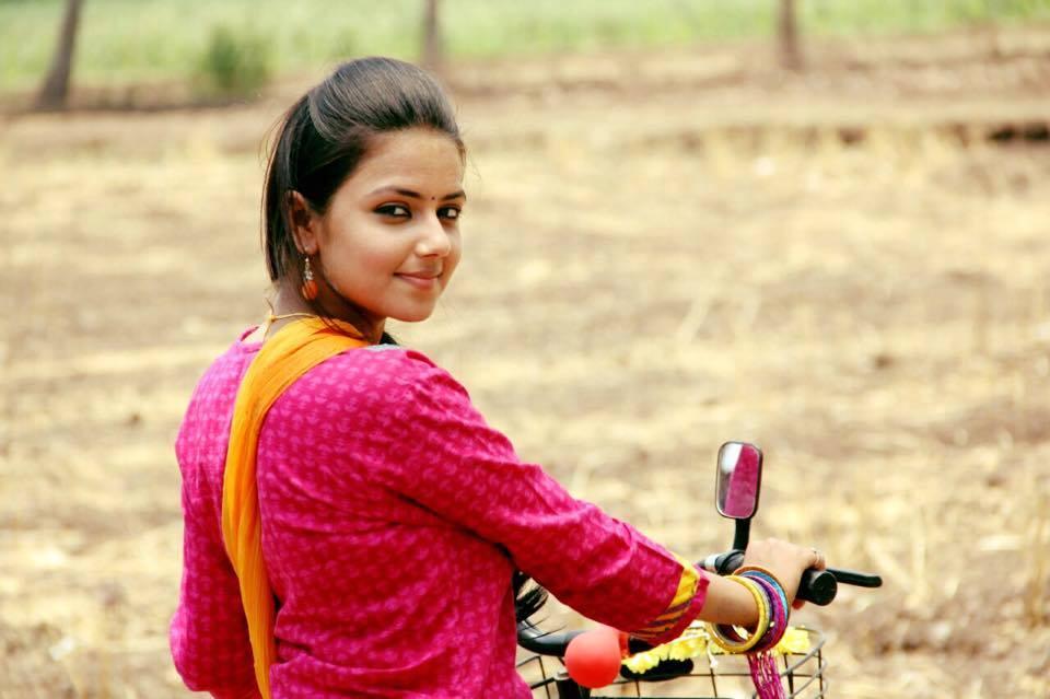 monalisa bagal marathi actress star marathi