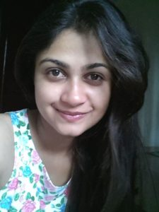 Ruchi Savarn Marathi Actress Photos