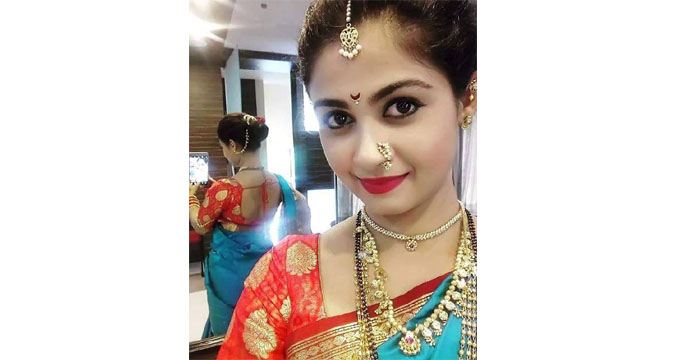 Ruchi Savarn Marathi Actress Photos Biography
